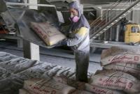 رشد 500 درصدی قیمت سیمان/ جولان 15 واسطه در بازاری که ناظر ندارد
